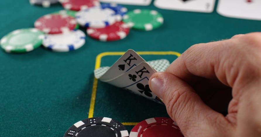 Strategii de poker online
