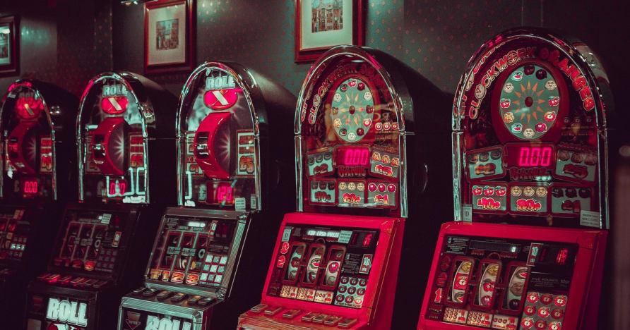Jocuri de slot online cu volatilitate redusă